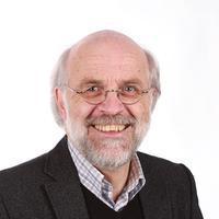 Rektor Petter Aasen. Bilde.