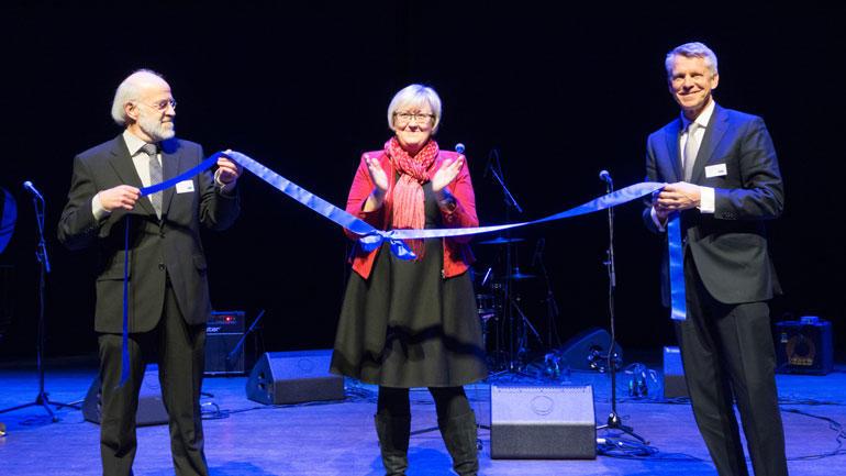 Statsråd Elisabeth Aspaker åpnet HSN sammen med de to rektorene fra HBV og HIT.