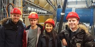 Skal drive Design Thinking på Stanford University i California. Fra venstre: Tobias Møretrø, Jonas Lilleberg Petterson, Maya Rønnes og Daniel Klemetsen. Her er de fire på besøk i Cern-senteret i Sveits, hovedkvarteret til Den europeiske organisasjon for kjernefysisk forskning.