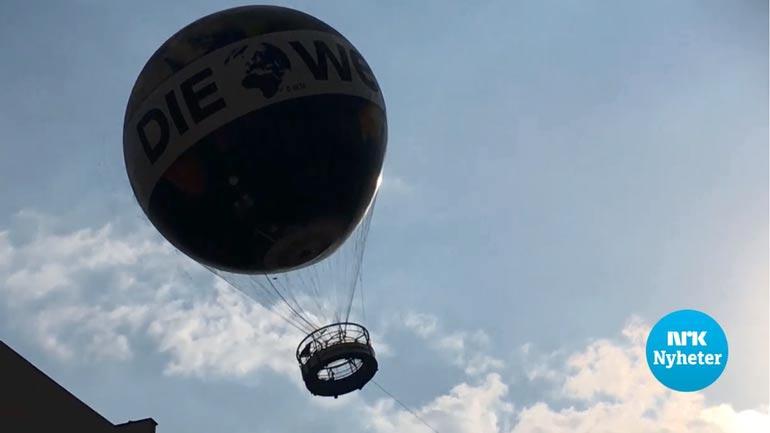 Skjermdump fra NRK som viser luftballongen med studentene om bord.