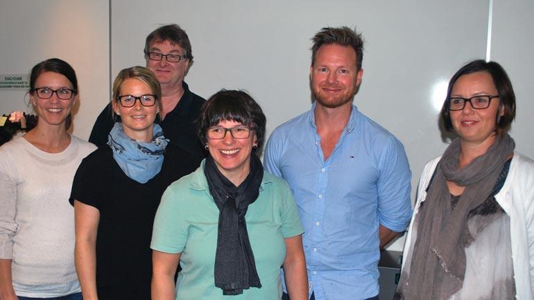 Det første kullet består av Synnøve Berge, Per Andre Henerhaugen, Henriette Vingaard, Torfinn Korsvold, Camilla Samuelsen og Eirill Solberg Tornes. Foto