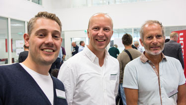 Lead designer Magne Ekerum Høiby fra Halogen, designrådgiver Fredrik Jean-Hansen fra Innovasjon Norge og bedriftsrådgiver Knut Bang fra Norsk design- og arkitektursenter (DOGA) var blant deltakerne på Innovation Summit 2016.   Foto
