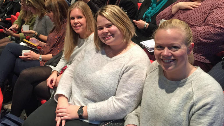 Bilde av Ane, Amalie og Isabelle som studerer kulturledelse ved Høgskolen i Sørøst-Norge