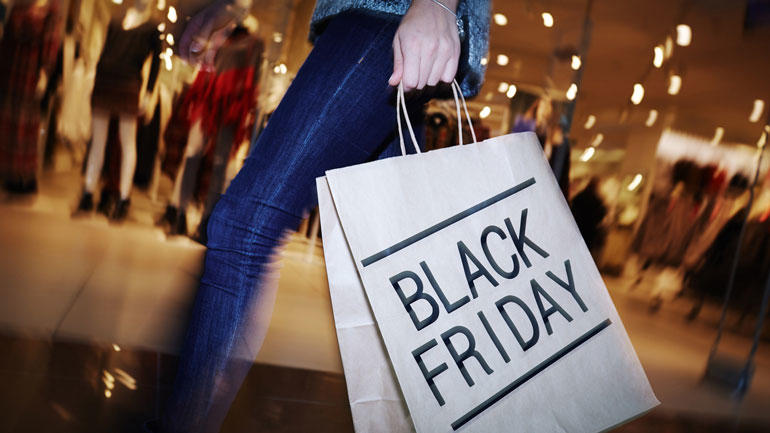 Black Friday - iStock/shironosov