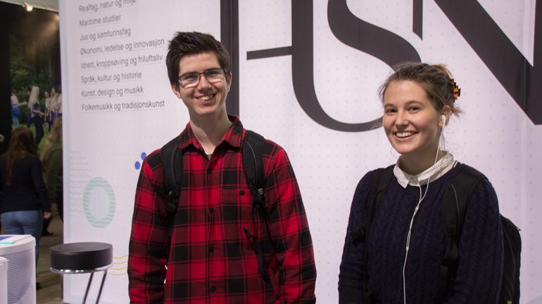Thea Kløvstad og Kristian Martiniussen Mæland vil få kunnskap til å jobbe med miljøvern i fremtiden.