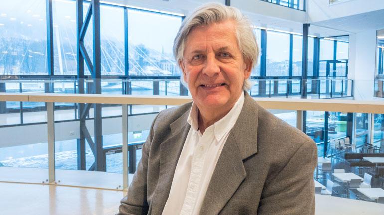 Professor Kaare Torgny Pettersen  - foto