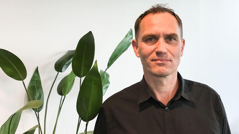 - Viktig å kunne kommunisere, sier tjenesteleder Esben Mastberg i Atea.   Foto
