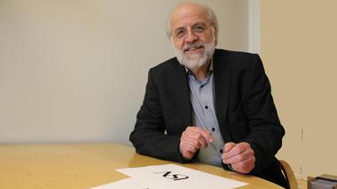 Rektor Petter Aasen.