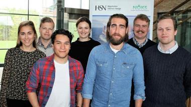 Studenter fra skipsfart og logistikk ved Høgskolen i Sørøst-Norge presenterte bacheloroppgavene sine for næringslivet under en workshop ved campus Bakkenteigen.