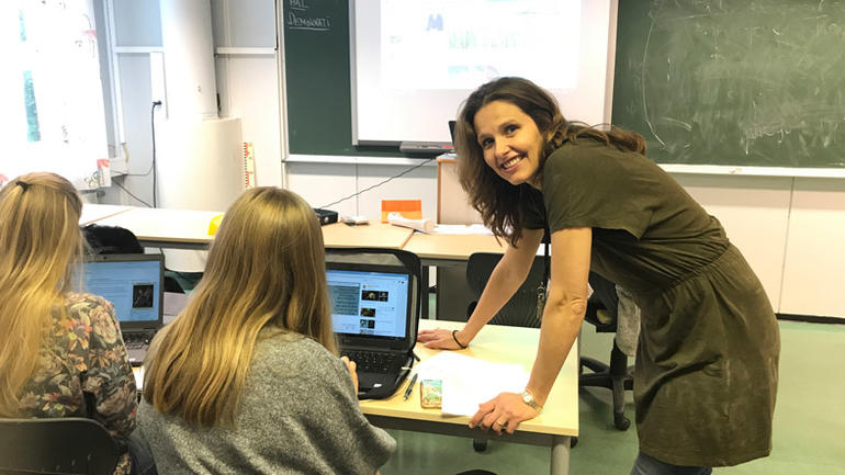 Lise Gusfre Ims brenner for å hjelpe elevene.