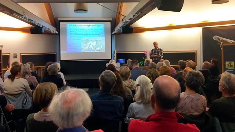 Foredrag på Larvik bibliotek.