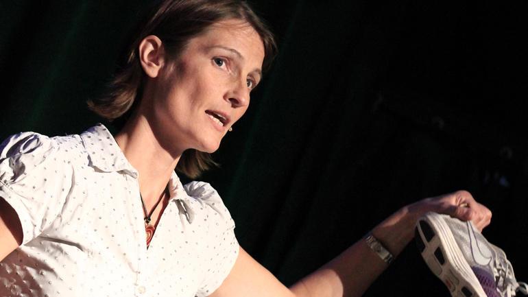 Eva Maria Støa er ein av mange foredragsholdere som skal halde foredrag på eit bibliotek nær deg. Hun har forska på trening som medisin.
