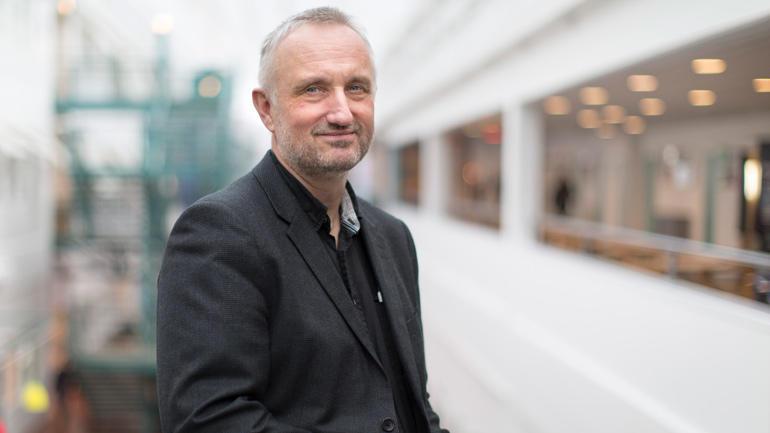 Dekan ved Fakultet for humaniora,- idretts- og utdanningsvitenskap, Arild Hovland.
