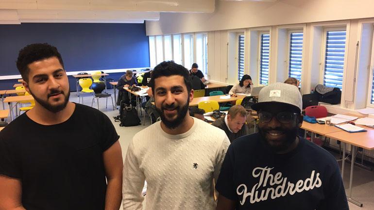 Mentor Kamyar Karim, ENT3R-leder Serok Karim, mentor Edgar Heitor er selv HSN - studenter og hjelper medstudenter og elever med kompliserte matteoppgaver.