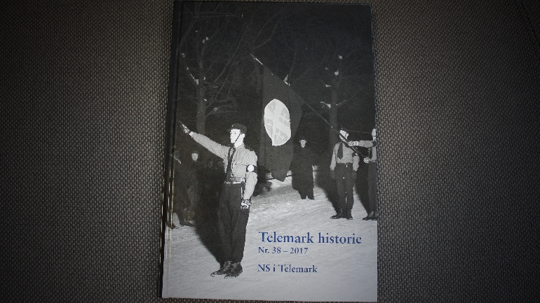 Foto av det 38. nummeret av Telemark historielags årbøker.