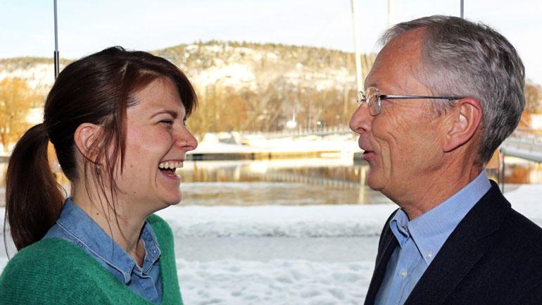 Student Emma Moberg og mentor Lars Lund-Roland har funnet tonen. Foto: Caroline Bækkelund Hauge, NRK