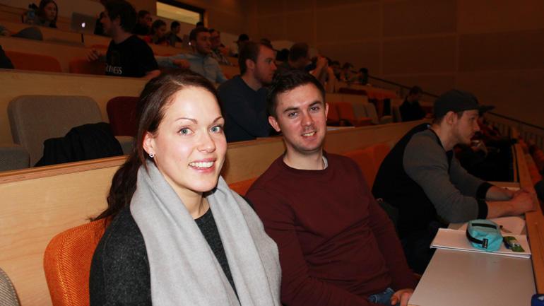 Ingeniørstudentene Nina og Henrik skal i gang med prosjekt nytt datalagrinssenter.