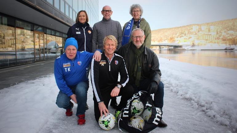 Lagbilde av Inger-Lise Wathne, Bengt Karlsson, Marit Borg, Tore Knutsen, Petter Olsen og Lars Kobro