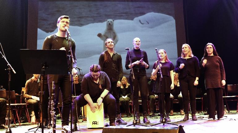 Konsert på Bakkenteigen konserhus. foto.