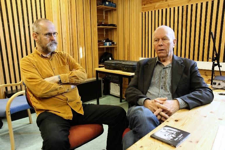 Ånon Egeland og Tellef Kvifte i lystudio på campus Rauland hvor Sorpesoll er spilt inn - folkemusikk. foto.