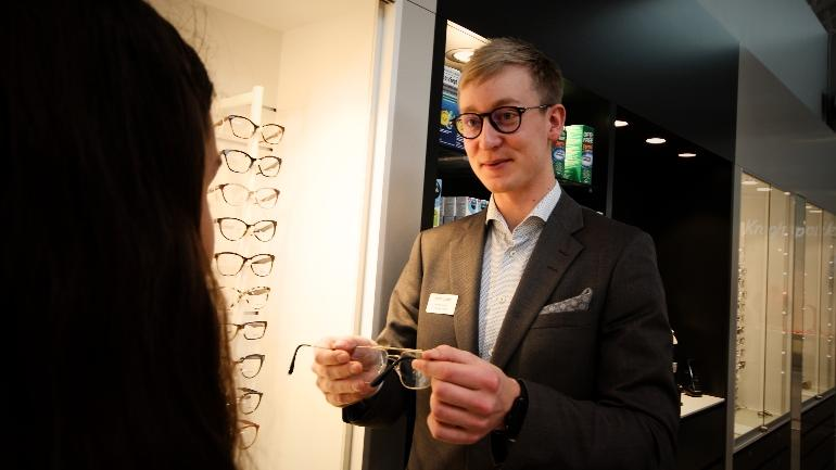 Martin Krogh optiker Optometri campus Kongsberg. foto.