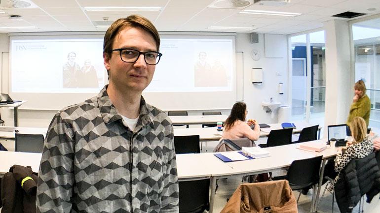 Torgeir Solberg Mathisen stipendiat HSN  Ph.d.-programmet personorientert helsearbeid (Person-Centred Healthcare) etter å ha tatt en master i klinisk helsearbeid - geriatisk helsearbeid. foto.