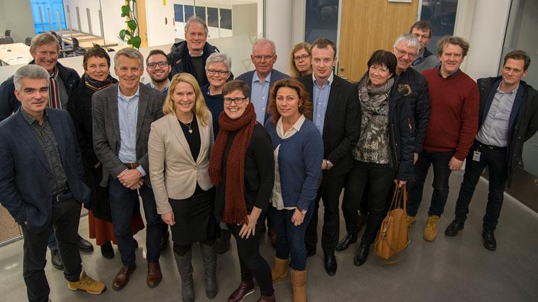 Kommunene i Grenland og Telemark fylkeskommune ønsker å styrke regionen og campus Porsgrunn og har tatt initiativ til prosjekt Birkeland. Bildet er fra møte mellom HSN, politikere og bedriftsledere i januar i år. Foto: Torstein Haugland, Porsgrunn kommune.
