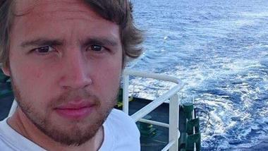 Sergei Øien på båt