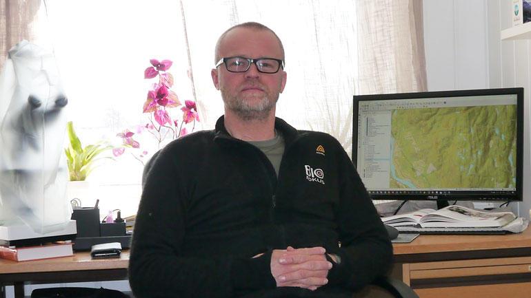 John Gunnar Brynjulvsrud har studert natur, helse- og miljøvern på HSN. Foto: Privat