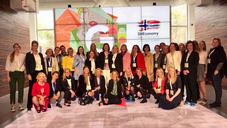 Både Facebook og Google tok mot de norske lederne med egen hilsen og norsk flagg. Foto: Privat