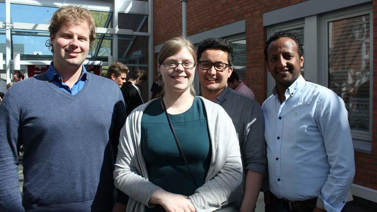 Ole Henrik G.Hotvander, Henriette M. Haakonsen, David Rahimi og Amanuel K. Tedla var en av gruppene som presenterte sitt prosjekt.