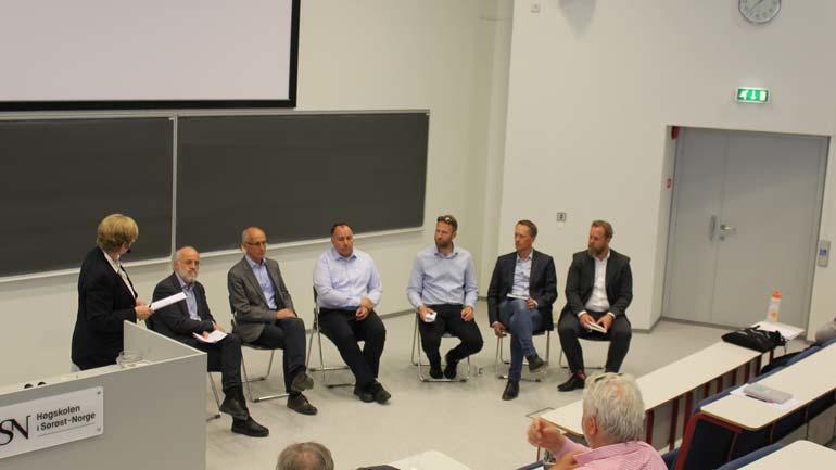 Det ble også tid til en paneldebatt på slutten av dagen.