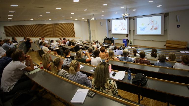Disputas på USN campus Vesfold, ved Tone Langjordet Johnsen om iBedrift. foto.