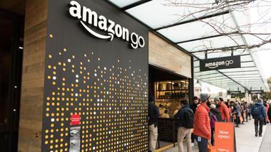 Hos Amazon Go i Seattle finnes det ingen kasser. Alt du tar med deg blir automatisk registrert på handlekontoen din. Foto: iStock