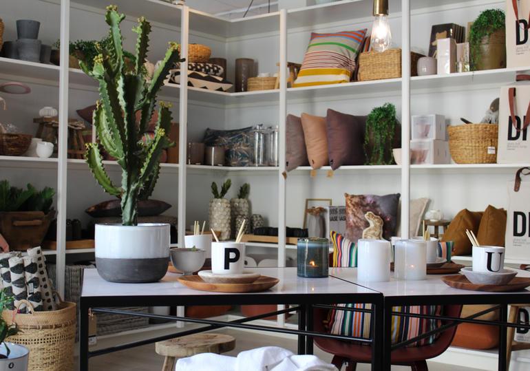 Rått og Sanselig i Larvik trekkes frem som en butikk som klarer å gi verdi til kundene både i selve butikken og på nett. Foto: rattogsanselig.no