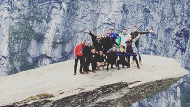 Arturo and his friends at Trolltunga