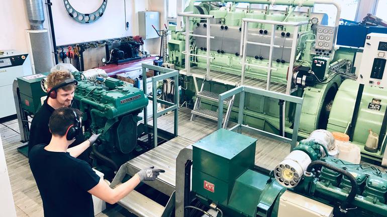 TUNGLABEN: Marinteknisk drift er studiet for deg som vil bli maskinist, maskinsjef om bord eller teknisk driftssjef på land. Foto