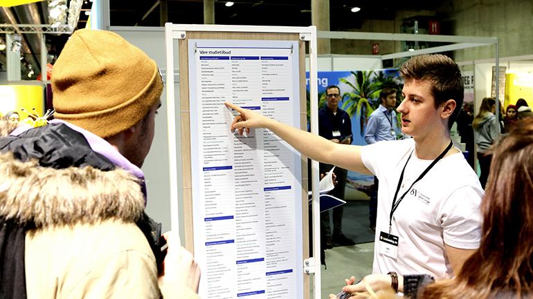 Kerim Vehabovic på utdanningsmesse i Lillestrøm for USN. foto.