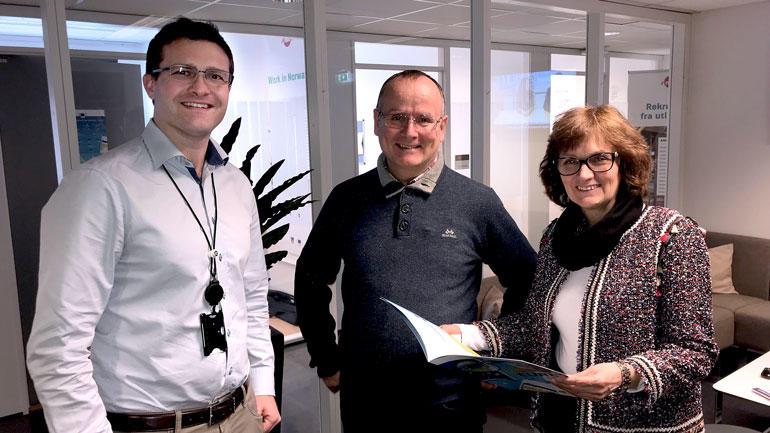 Tor Erik Nyberg til venstre sammen med kolleger