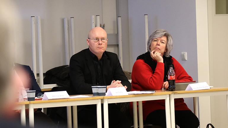 Are Turmo i NHO og Irene Bordier Haukdal i LO under USN RSA-møte. foto.