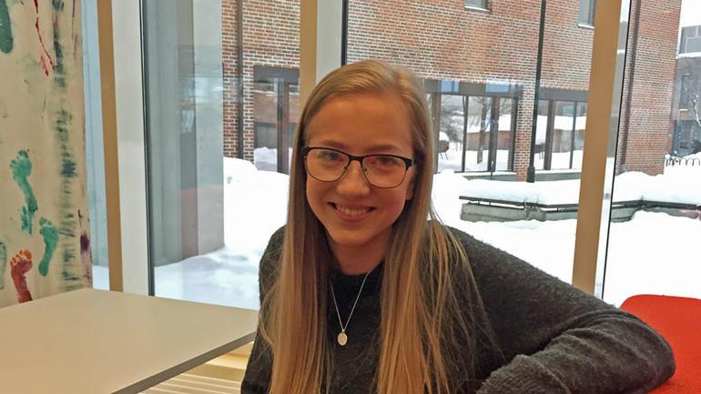 Kristina forteller at neste uke arrangere Fremme et kveld med Laufey Haraldsdottir fra Holar University College. Hun skal fortelle hvordan Island har klart å øke antall besøkende med 25-30 % hvert eneste år siden 2010.