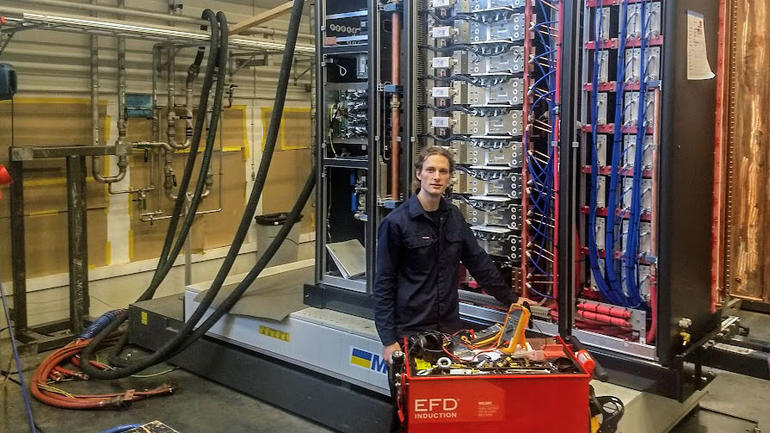 Marius Ystad har tatt Y-veien ingeniørutdanning innen Informatikk og automatisering på USN. Foto