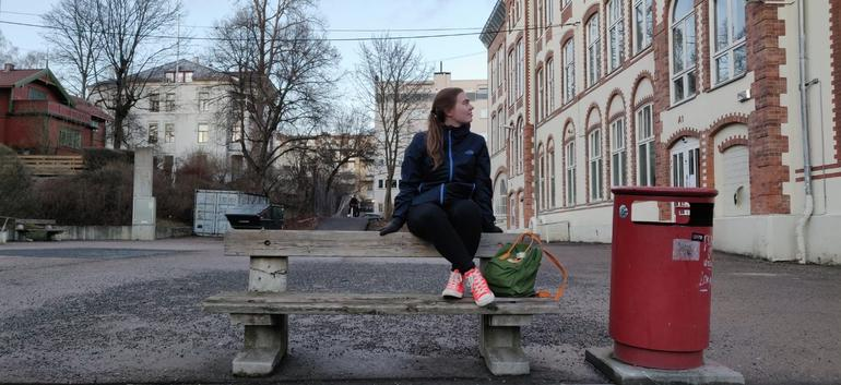 Riina besøker Nissen VGS