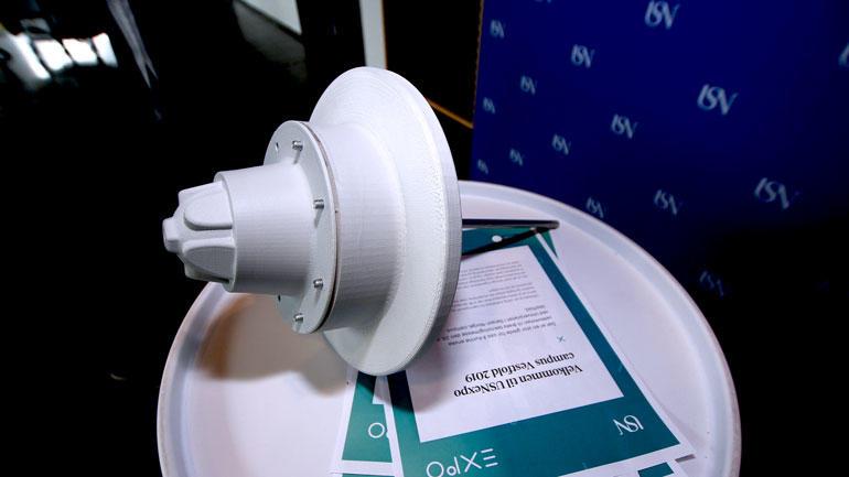 Nærbilde av prototypen miljøbøye.