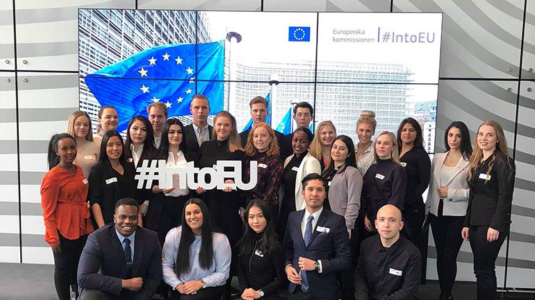 USN-studenter fra campus Ringerike på foreningstur til Brussel. foto.
