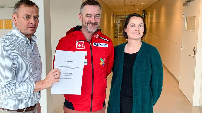 UTVIDER AVTALE: F.v: Dekan Hans Anton Stubberud, sportssjef Clas Brede Bråthen, visedekan Therese Dille. Foto