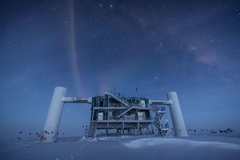 IceCube and Neutrinos