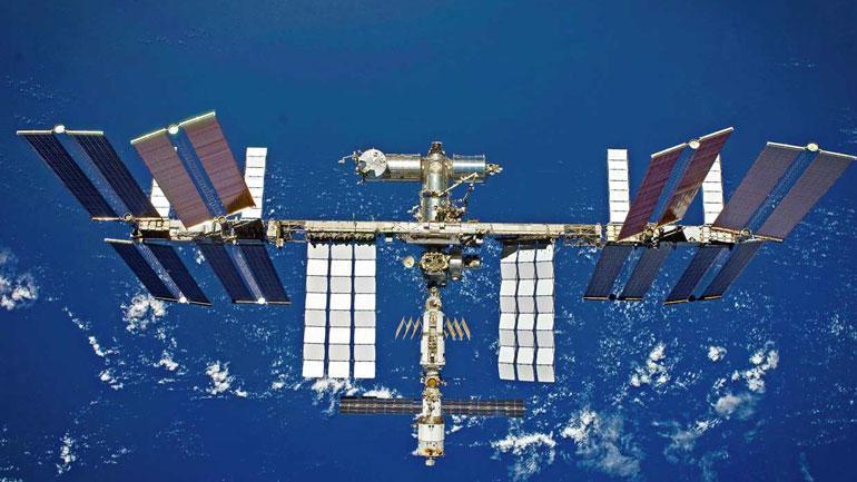 Illustrasjonsbilde av satelitt i verdensrommet