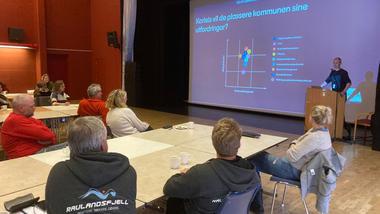 OPPSTART: Det interregionale EU-prosjektet COM3, hvor USN er partner, er i gang fra november 2020. (Foto: Vinje kommune)