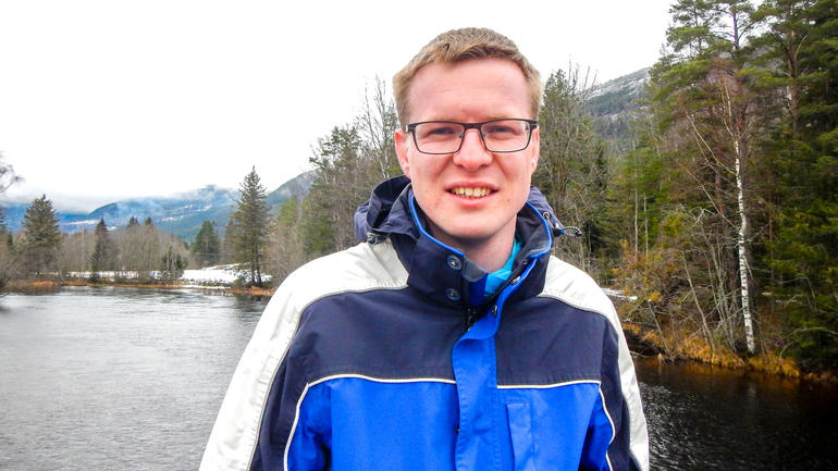 Peter Aartsma from USN's PhD program in Ecology will defend his thesis for the degree of PhD: «The influence of alpine lichen heaths on the microclimate, with particular focus on albedo and soil temperature.»